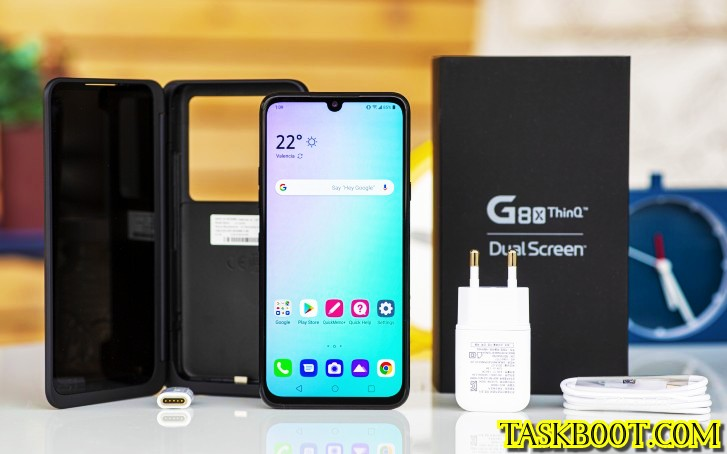 The LG G8X Dual Screen