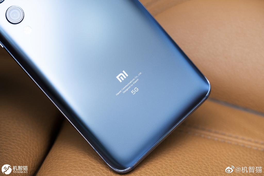 Xiaomi Mi 10 Official Image 5
