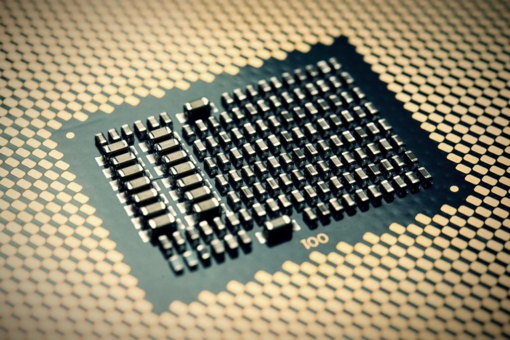 Intel processor exposes new vulnerability: Patch performance drops 77%