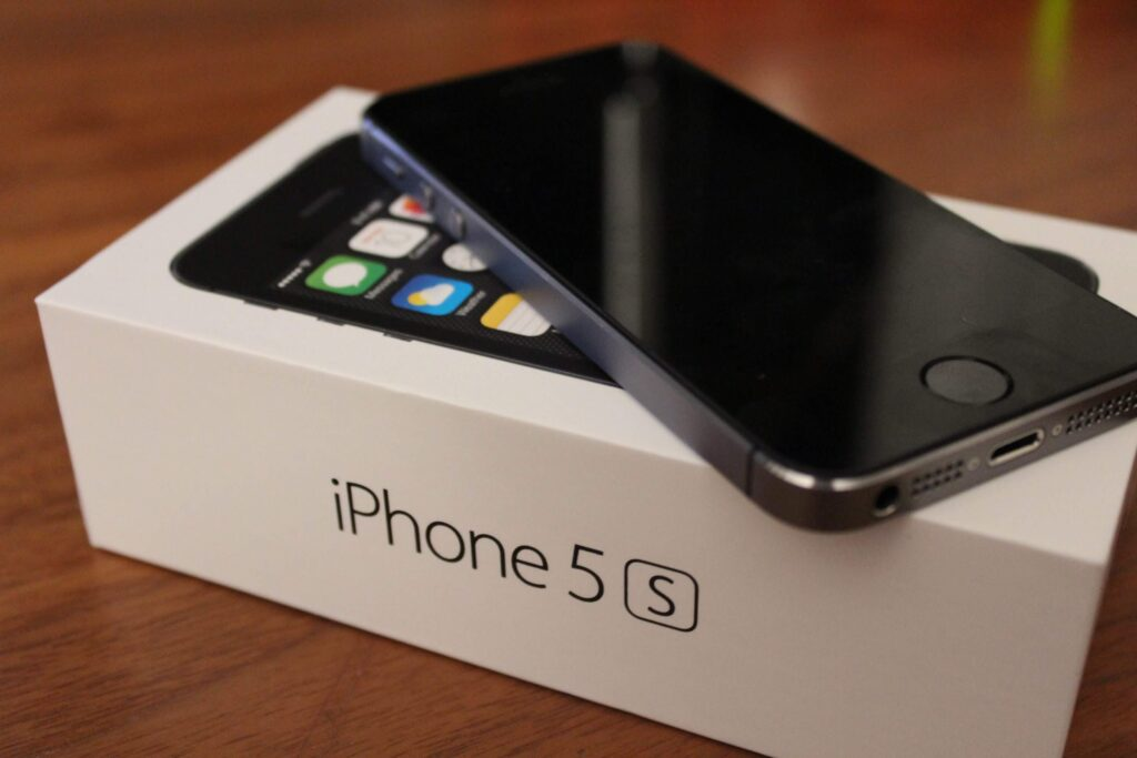 iPhone 5S, iPhone 6, and other old Apple devices get new iOS