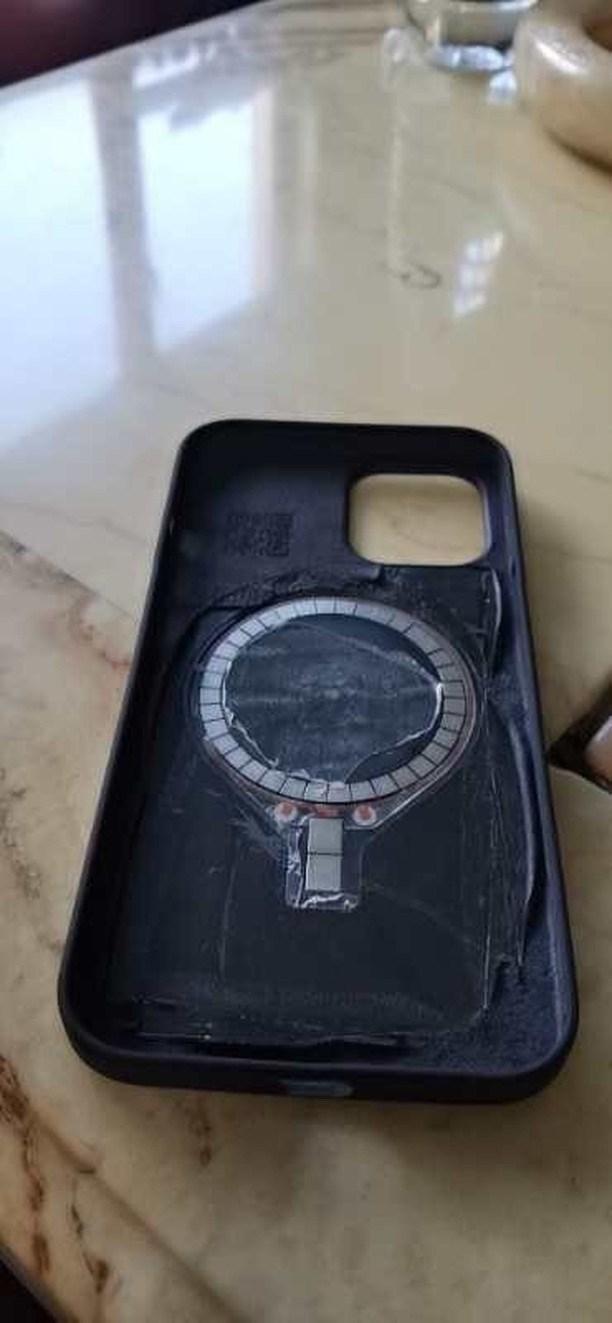 apple iphone 12 charging case