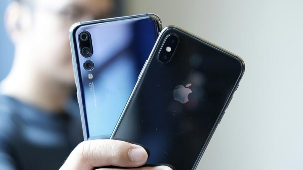 China fired for using iPhone and forced to buy Huawei