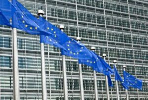 Europe will ban un deletable apps on smartphones as well as a payment method